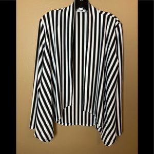Alberto mákali women's cardigan size large open